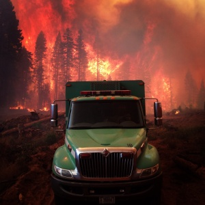 Red Flag Warning on the King Fire 2014
